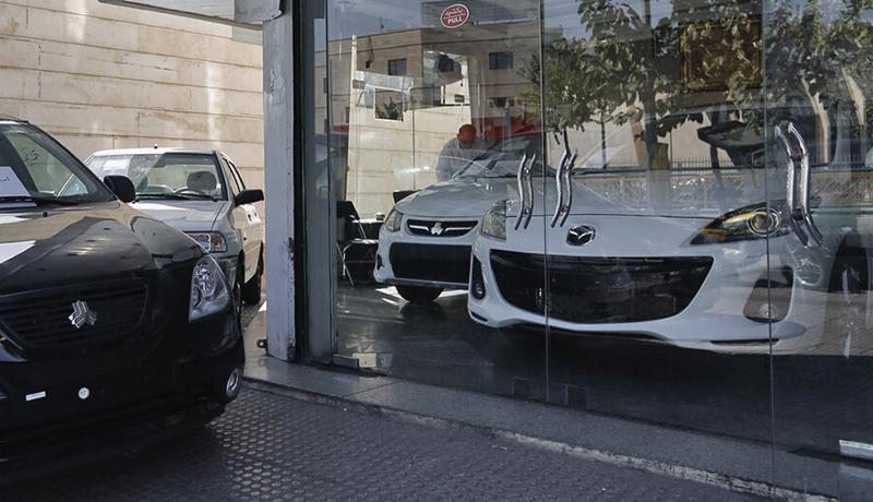 واردات خودرو در سال ۱۴۰۰ آزاد میشود