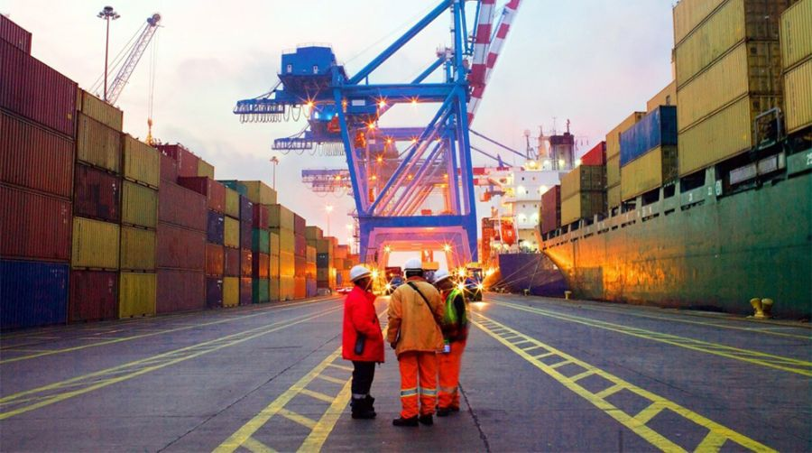 تجارت ۶.۸میلیارد دلاری کشور در بهمن ماه