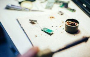 (کاربرد خمیر قلع در تعمیرات موبایل