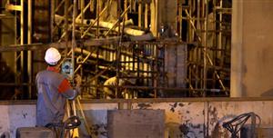 توسط متخصصان داخلی صورت گرفت؛ بازسازی، ترمیم، مقاومسازی و آببندی دیوارههای بتنی ماشین ۵ ریختهگری فولاد مبارکه