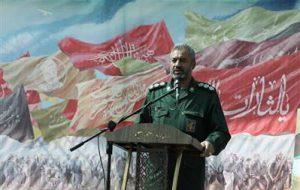 (فرمانده ناحیه مقاومت بسیج مبارکه: یکی از رموز موفقیت در دفاع مقدس روحیه اعتماد به نفس ملّی در جوانان بود